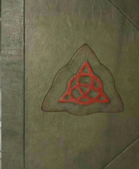 Charmed-Book-of-Shadows-Replica-0