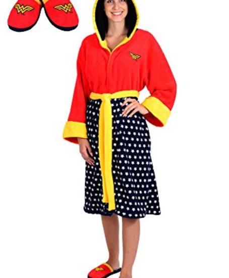 DC-Comics-Wonder-Woman-Stars-Hooded-Cosplay-Fleece-Robe-and-Slipper-Set-OSFM-0