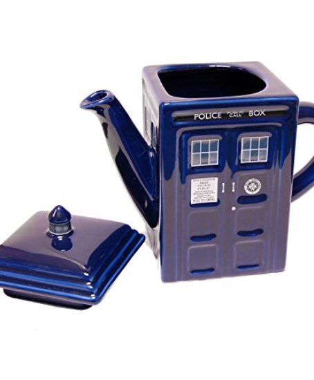 Doctor-Who-Tardis-Ceramic-Teapot-0-0