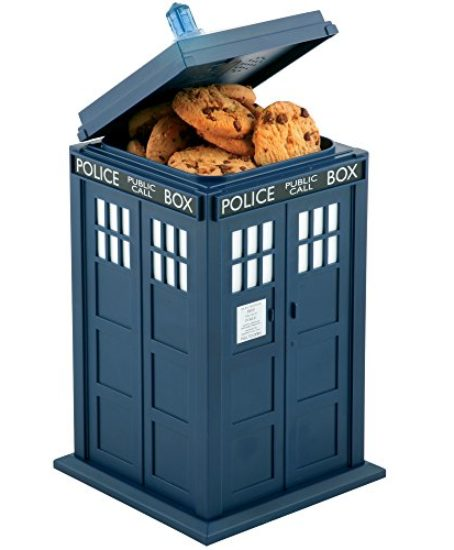 Doctor-Who-Tardis-Cookie-Jar-Lights-Sounds-0-0