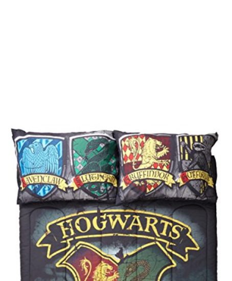 Harry-Potter-Distressed-Hogwarts-Crest-FullQueen-Comforter-0-0