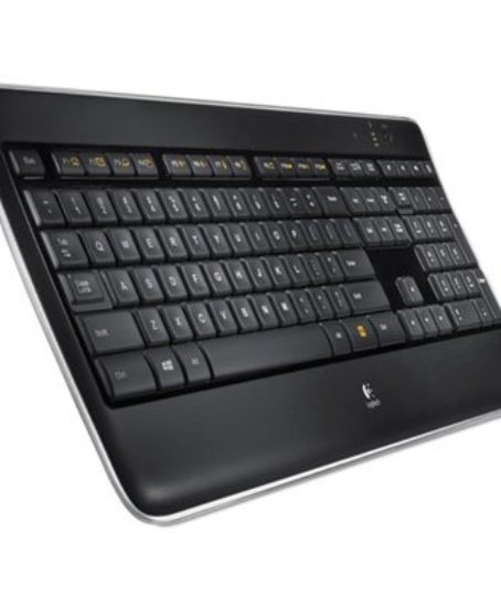 K800-Wireless-Illuminated-Keyboard-Black-0