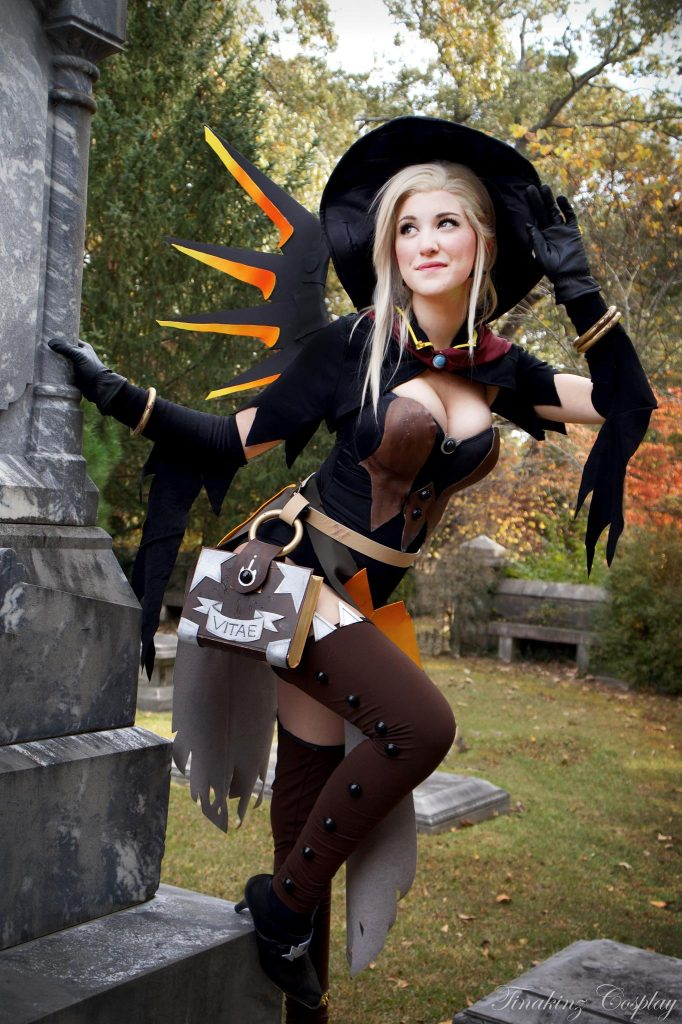 mercy posing from overwatch cosplay