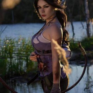 Lara Croft Cosplay Like You Have Never Seen Before!
